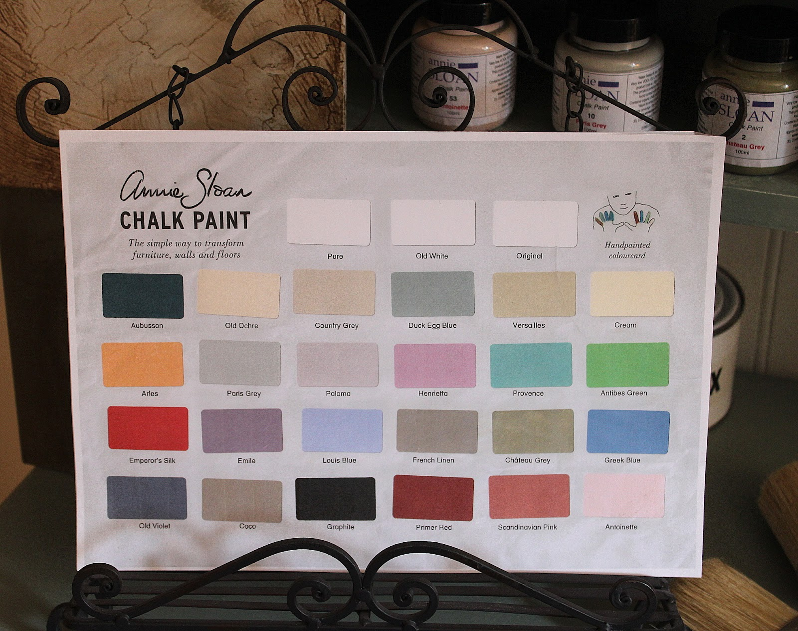 la vie en rose annie sloan paint fabrics wax brushes. Black Bedroom Furniture Sets. Home Design Ideas