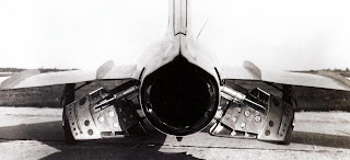 Воздушные тормоза истребителя МиГ-17Ф