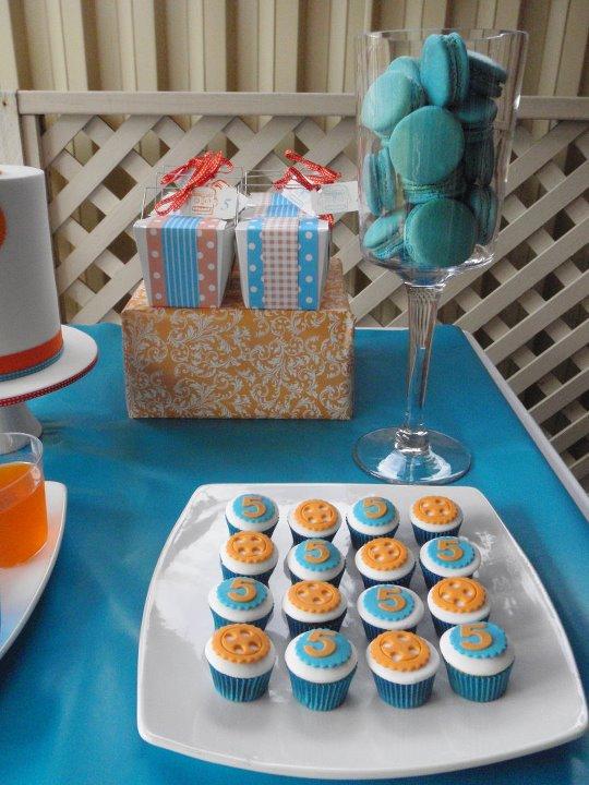 Matrimonio Azzurro E Arancione : Matrimonio in corso dettagli da un azzurro