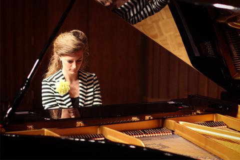 câu chuyện đời thường từ cây đàn piano