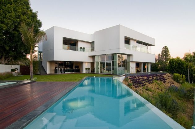 Luxury house in west hollywood los angeles california for Beautiful architecture houses