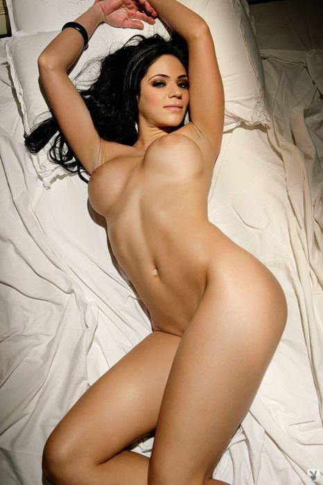 Mona Singh Nude