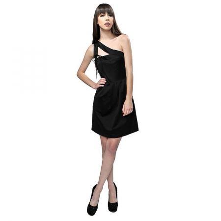 how to choose a little black dress