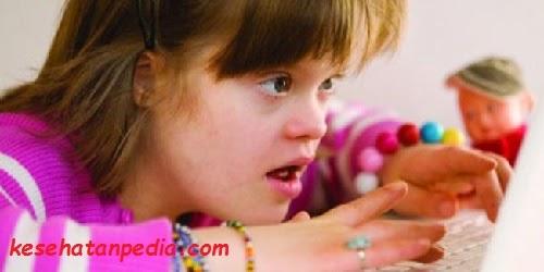 mengenali gejala autisme
