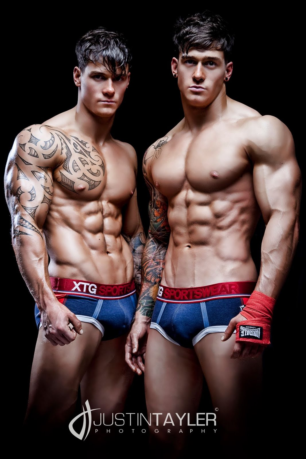 Harrison Twins Models http://workoutinspiration.blogspot.com/2011/12/amazing-harrison-twins.html