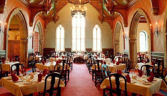 Refeição Akershus Royal Disney