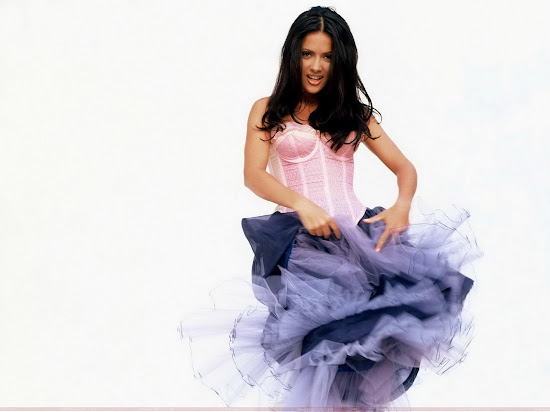 salma_hayek_hd_wallpaper_in_pink_Fun_Hungama