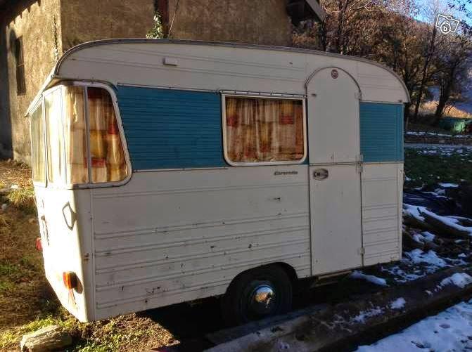 caravanes vintage et cie caravane ou estafette. Black Bedroom Furniture Sets. Home Design Ideas