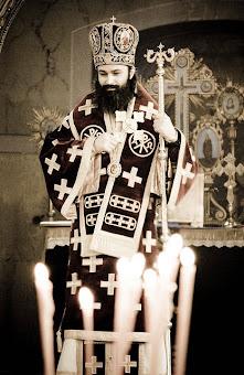 Pe Arhiereul nostru Doamne Iisuse Hristoase il sfinteste !