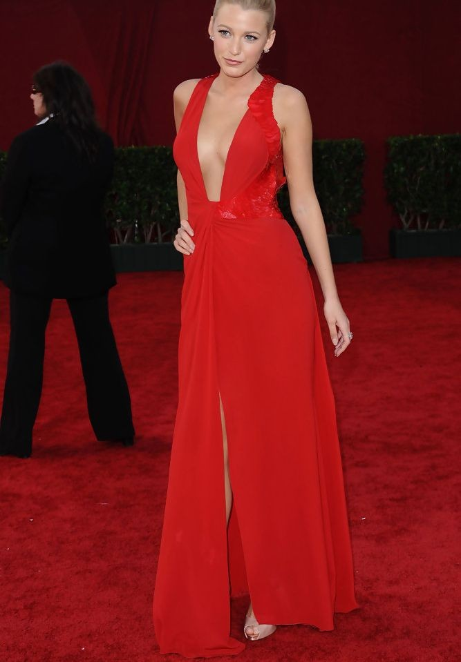 Blake Lively Chiffon V-Neck Column Long Evening Dress