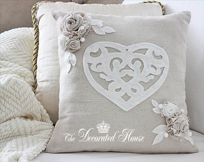 Valentine's Day Decorating :: Pillow by The Decorated House