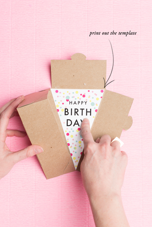 ... off this free printable and add it into a cake box from A La Modo