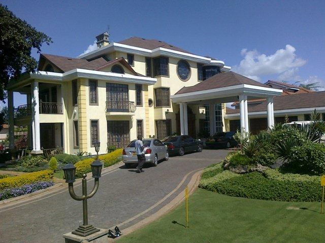 10 photos of the kiunas mansion in runda for The bishop house