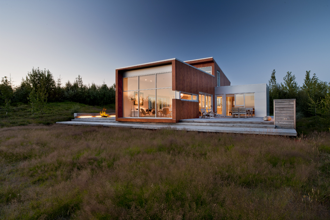 World of architecture modern home in the nature iceland for Modern house design materials