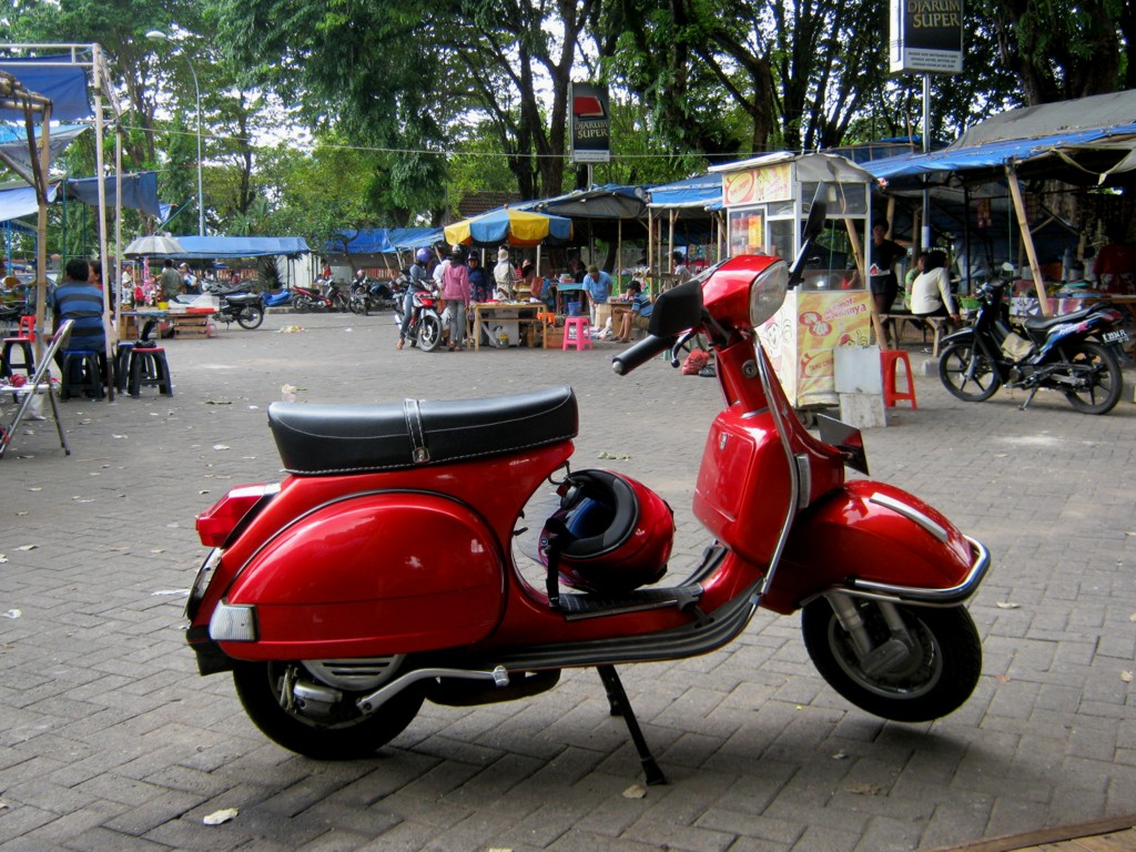 Modifikasi vespa super apps directories - Vespa Dan Vespa