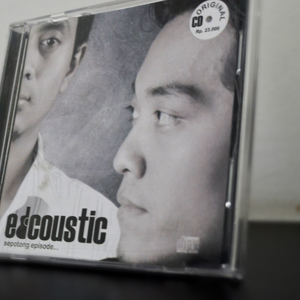 http://mr-tebeng.blogspot.com/2013/06/edcoustic-sepotong-episode-full-album.html