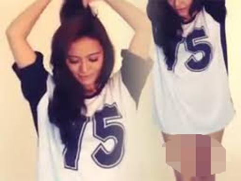 Video Kilafairy Hanya Berseluar Dalam dan Baju Besar
