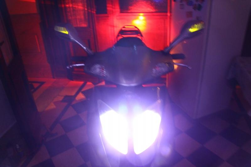 """Mi  Motomel VX150 - """"Golden Shark!"""" Motomel+VX+150+Scooter+%25286%2529"""