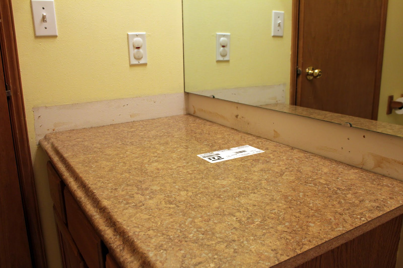 Laminate Countertops Without Backsplash How To Install A 40 Vinyl Peel N Stick Flooring As A