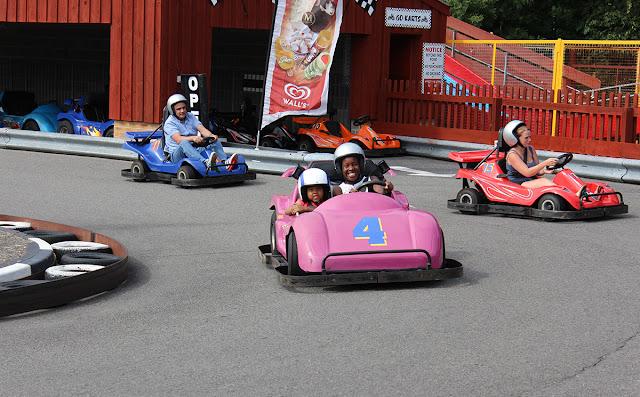 crazy-carts-pink-race-car-sealife-weymouth-todaymywayblog