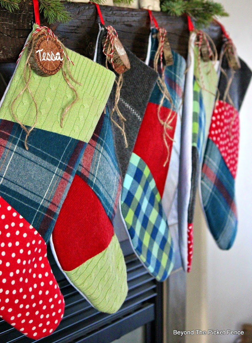12 Days of Christmas Patchwork Stockings http://bec4-beyondthepicketfence.blogspot.com/2014/12/12-days-of-christmas-day-10-stockings.html