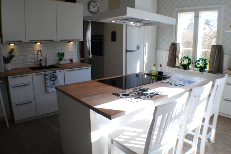 Villa Ek Uusi keittiö