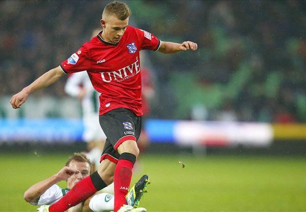 Daley Sinkgraven Resmi Ke Ajax Amsterdam