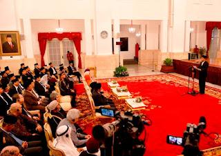 Dalam momentum maulid nabi 2015 Presiden Joko Widodo mengajak seluruh Umat Islam di Indonesia