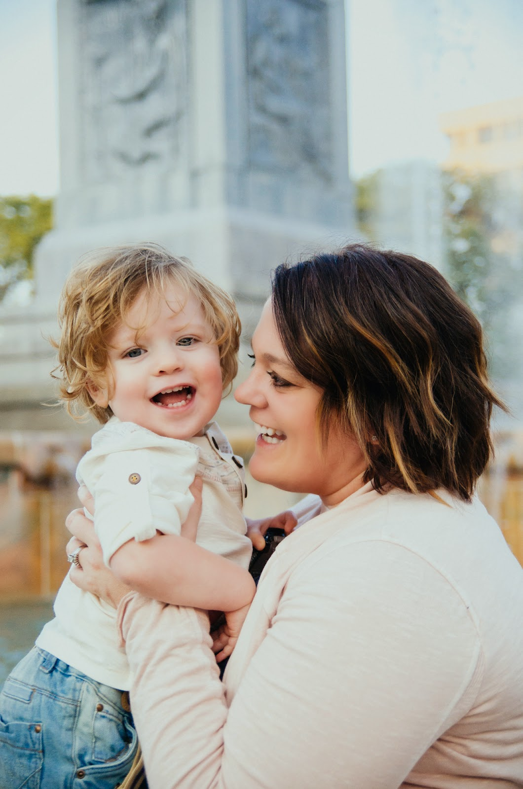 beautiful mom and son, indianapolis family photographer