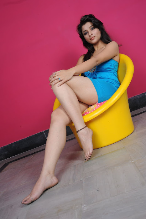 Madhurima in Blue Short Skirt showing her white milky thighs actress pics