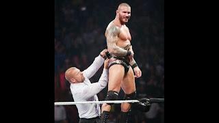 LUCHA LIBRE-Cena y Orton los nuevos campeones