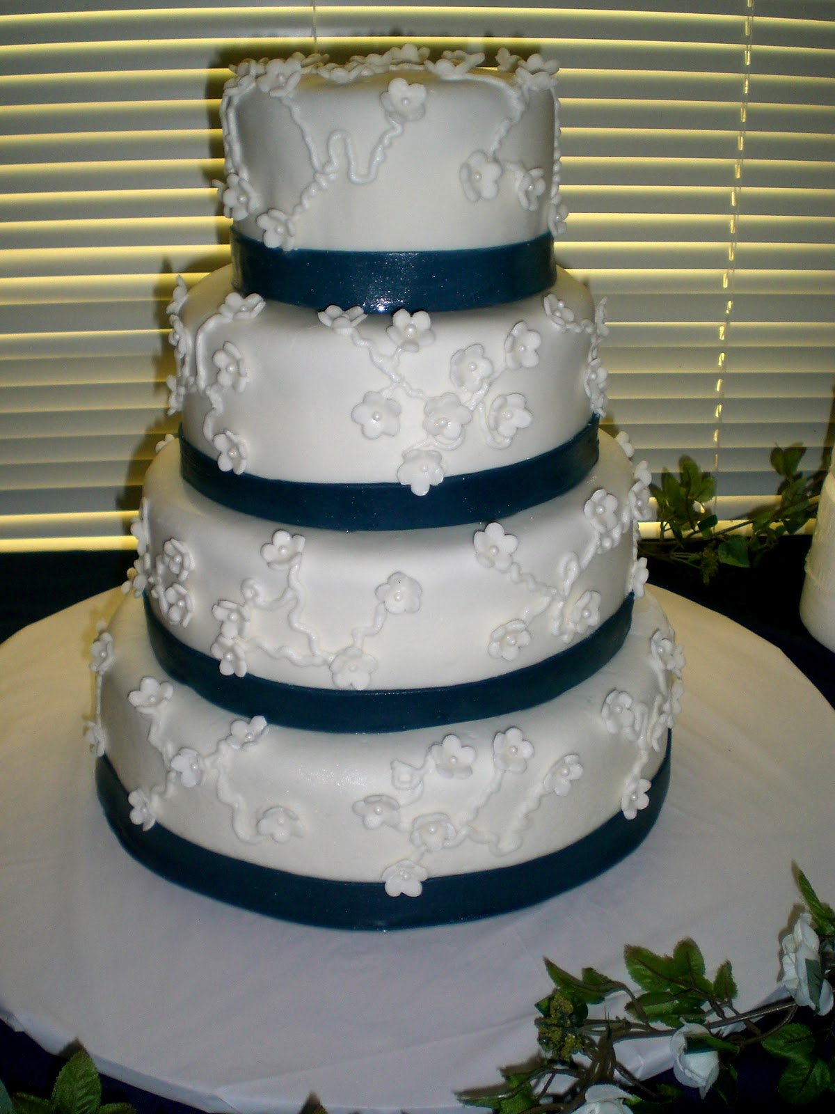 Navy Blue Square Wedding Cakes & Becuo