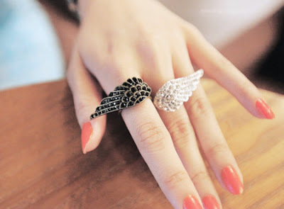 Amazing Creative Design of Ring, Earring and Wristlet collection 2013