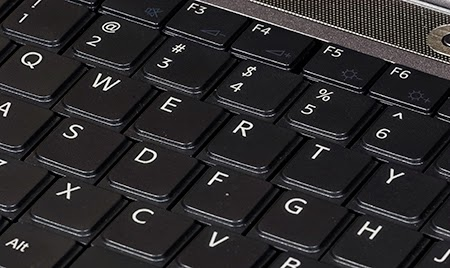 Sejarah Asal Mula Keyboard QWERTY