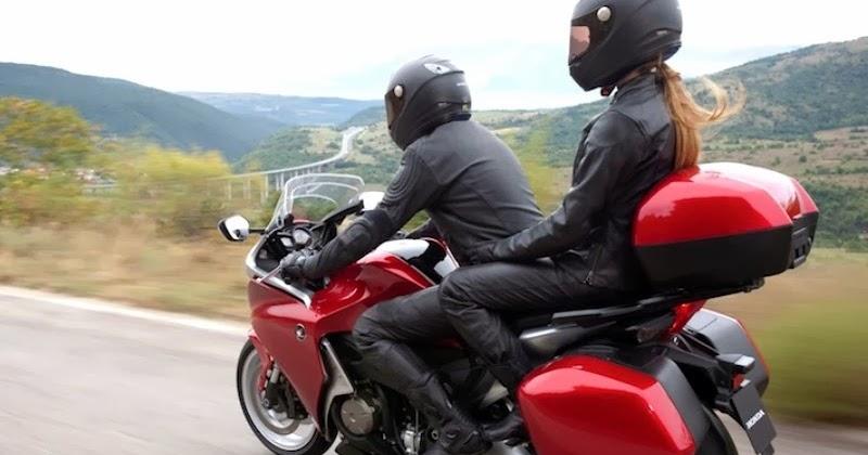 Bikes Fever: Dainese G. Speed Naked Pelle