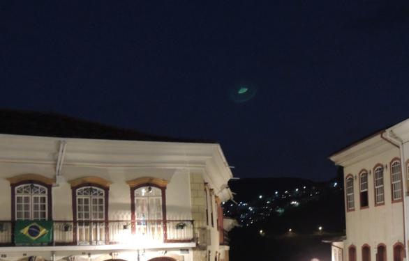 fenómeno luminoso fotografiado en Ouro Preto