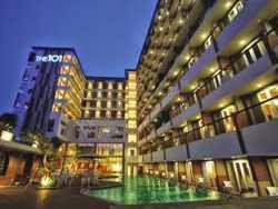 Hotel dekat stasiun tugu