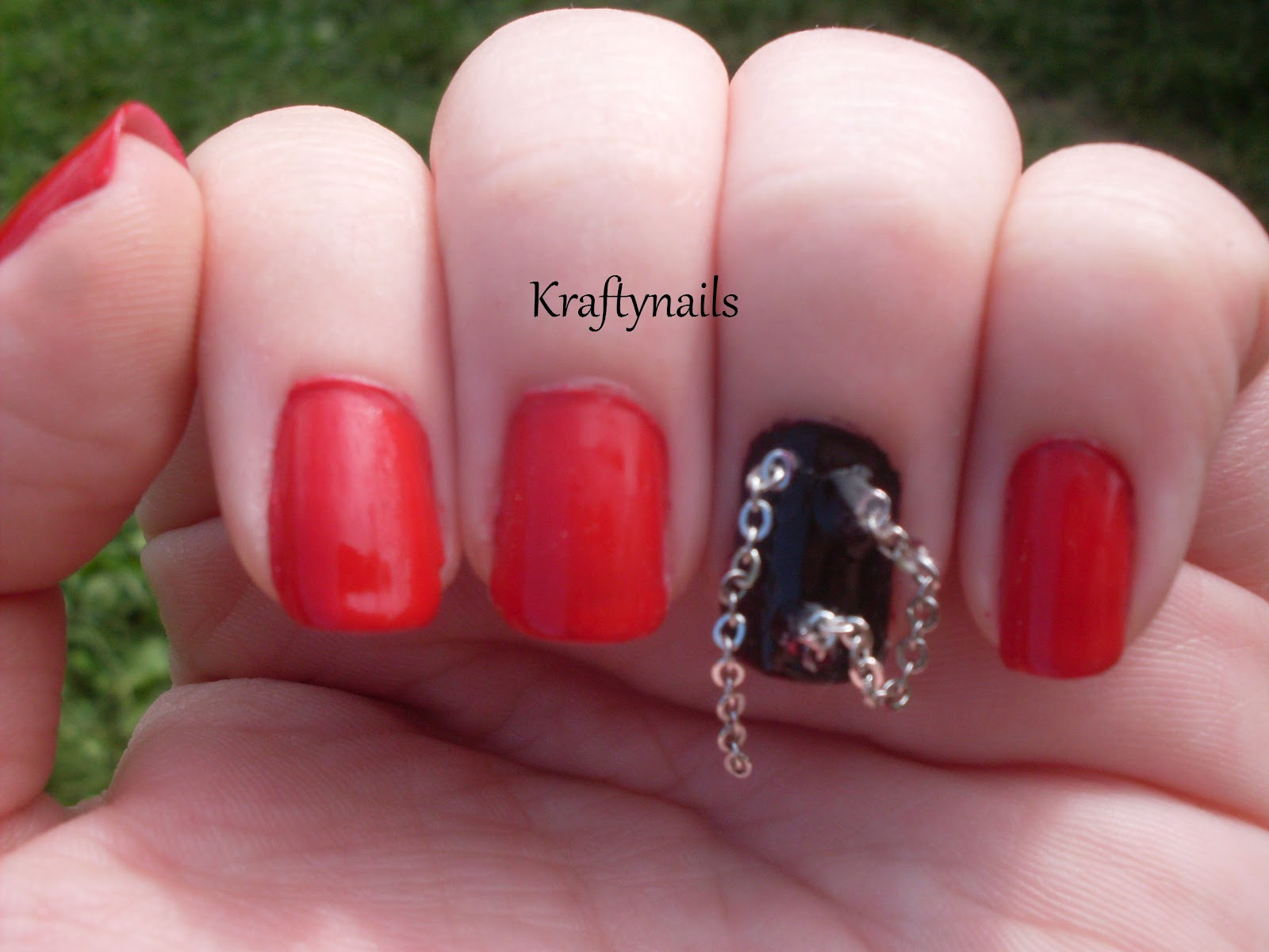 Kraftynails: The Red Room Of Pain