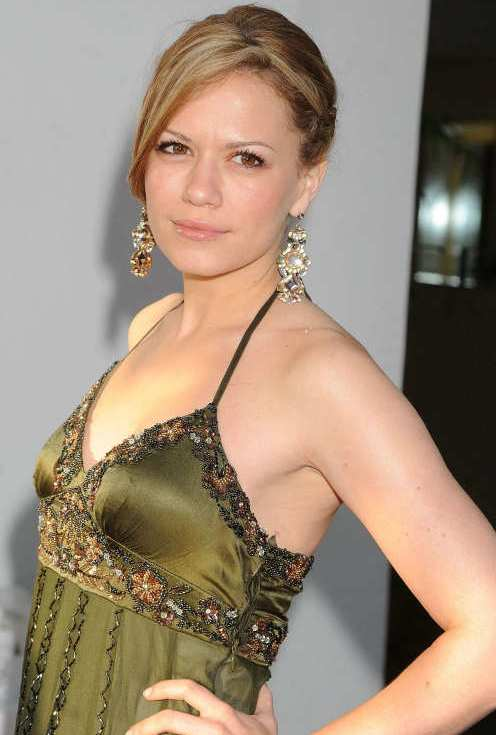 Hollywood Beauty Bethany Joy Galeotti Beautiful Images