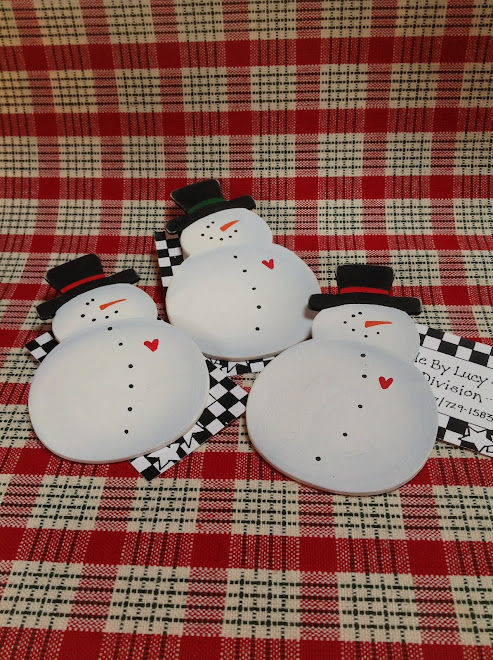 Wood Snowman Pin... $3 each