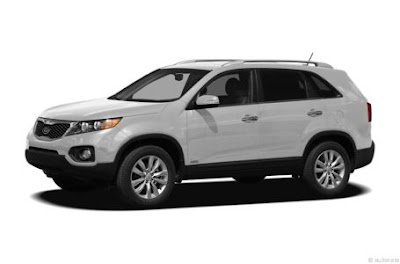 in kia s lineup the kia sorento sits above the compact sportage