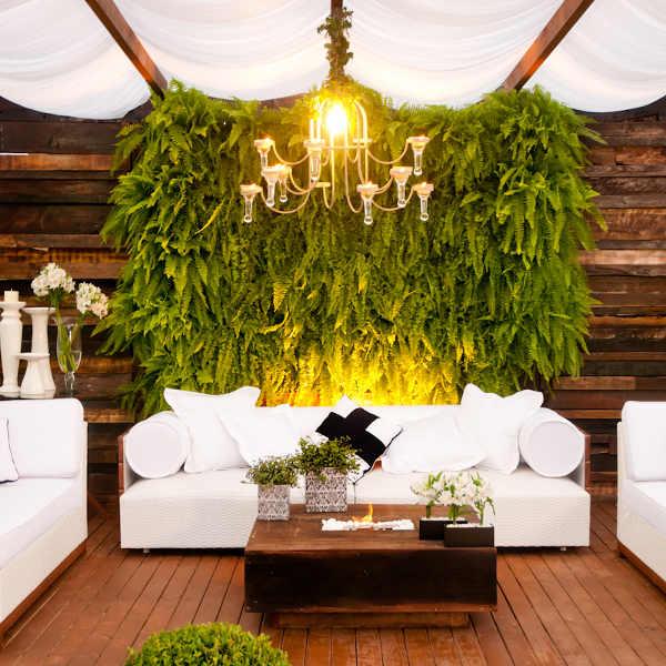 Terraza con plantas verticales terrazas y jardines - Jardin vertical terraza ...
