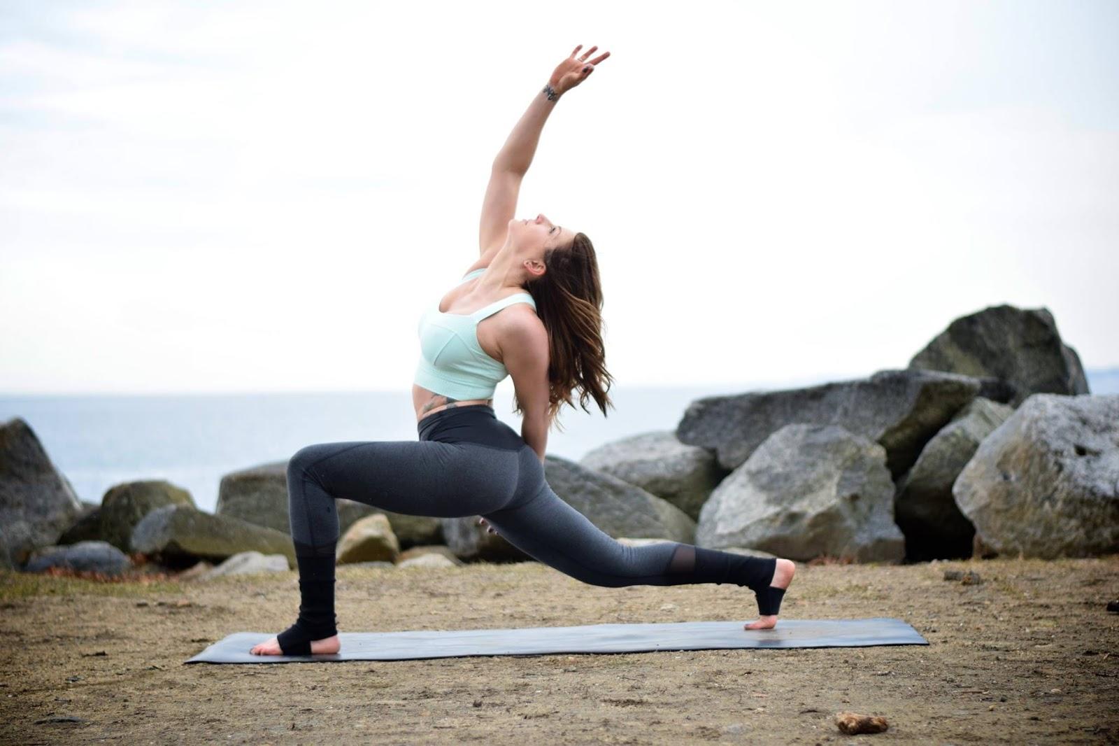 lululemon-devi-yoga-pant