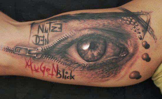 tattoo 3d olho em baixo do braço