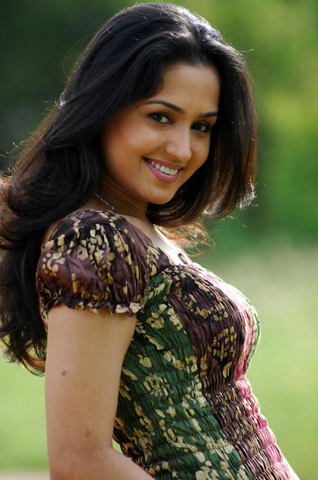 gajala spicy actress pics
