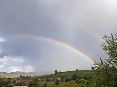 Ploaie, soare și curcubee - 9 iunie 2013