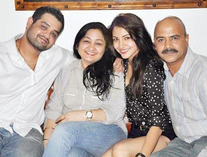 Anushka Sharma Biography Upcoming Movies affairs