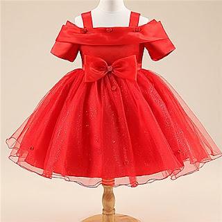 Vestidos Rojos, Niña de las Flores