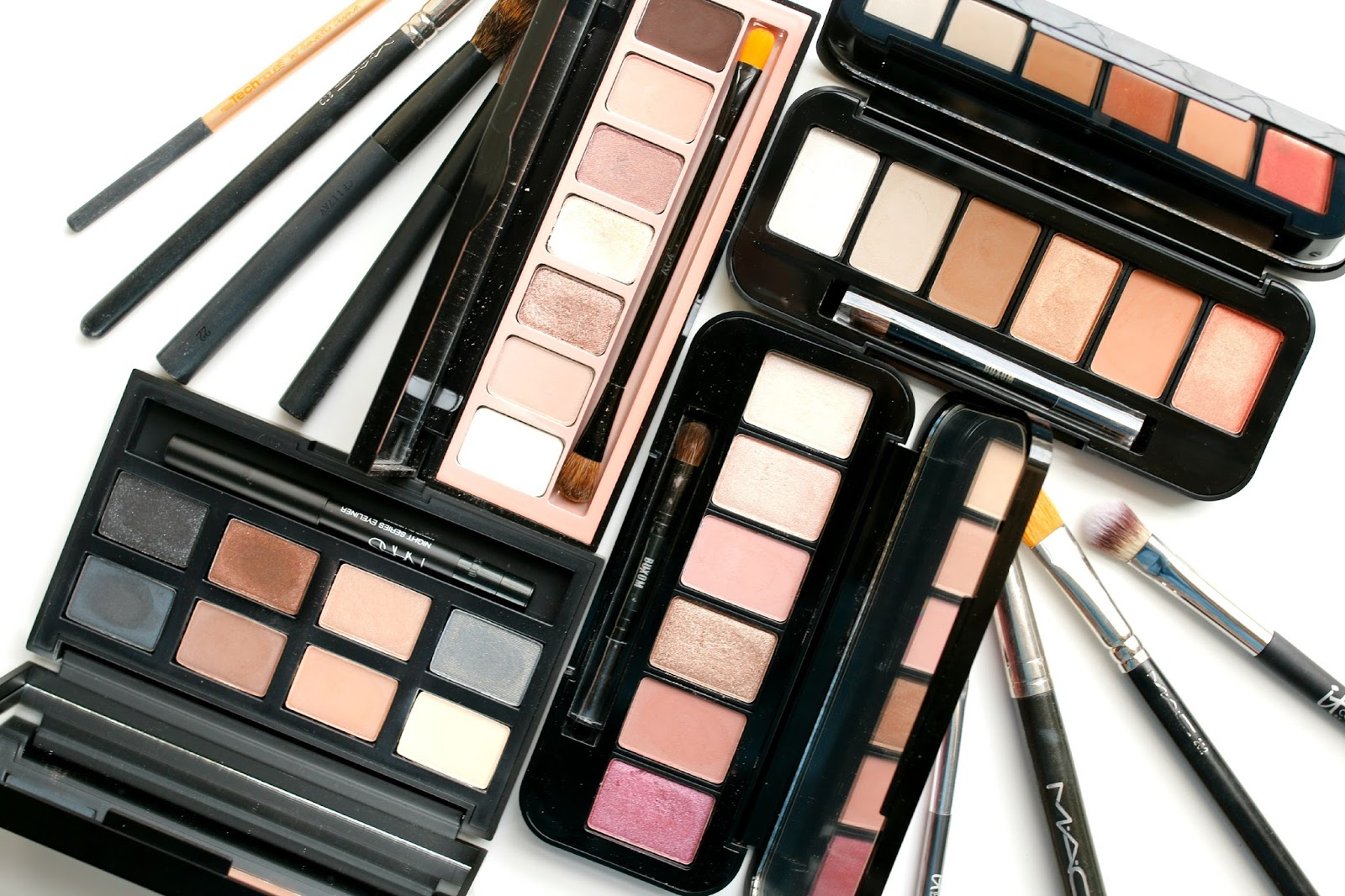 A Little Bit etc.: Urban Decay Naked Reloaded Palette