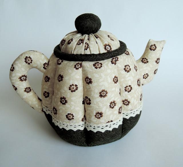 чайник в цветочки